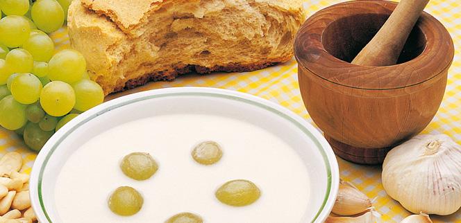 005005 White Garlic Gazpacho recipe - Ajoblanco– Spanish recipes