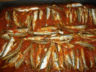 005013 Roast anchovies with tomato and olive oil recipe – Greek recipes